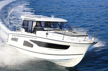 Motor boat Jeanneau Merry Fisher 1095 - Charter Split