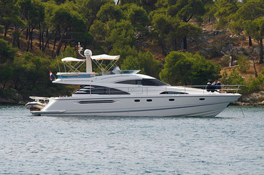 Fairline Squadron 58 - Yacht Charter in Croatia